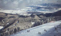 Skiën in Bansko, Bulgarije: de voor- en nadelen