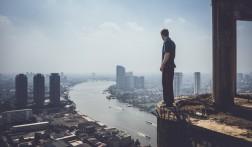 Het beklimmen van de 'Ghost Tower' in Bangkok