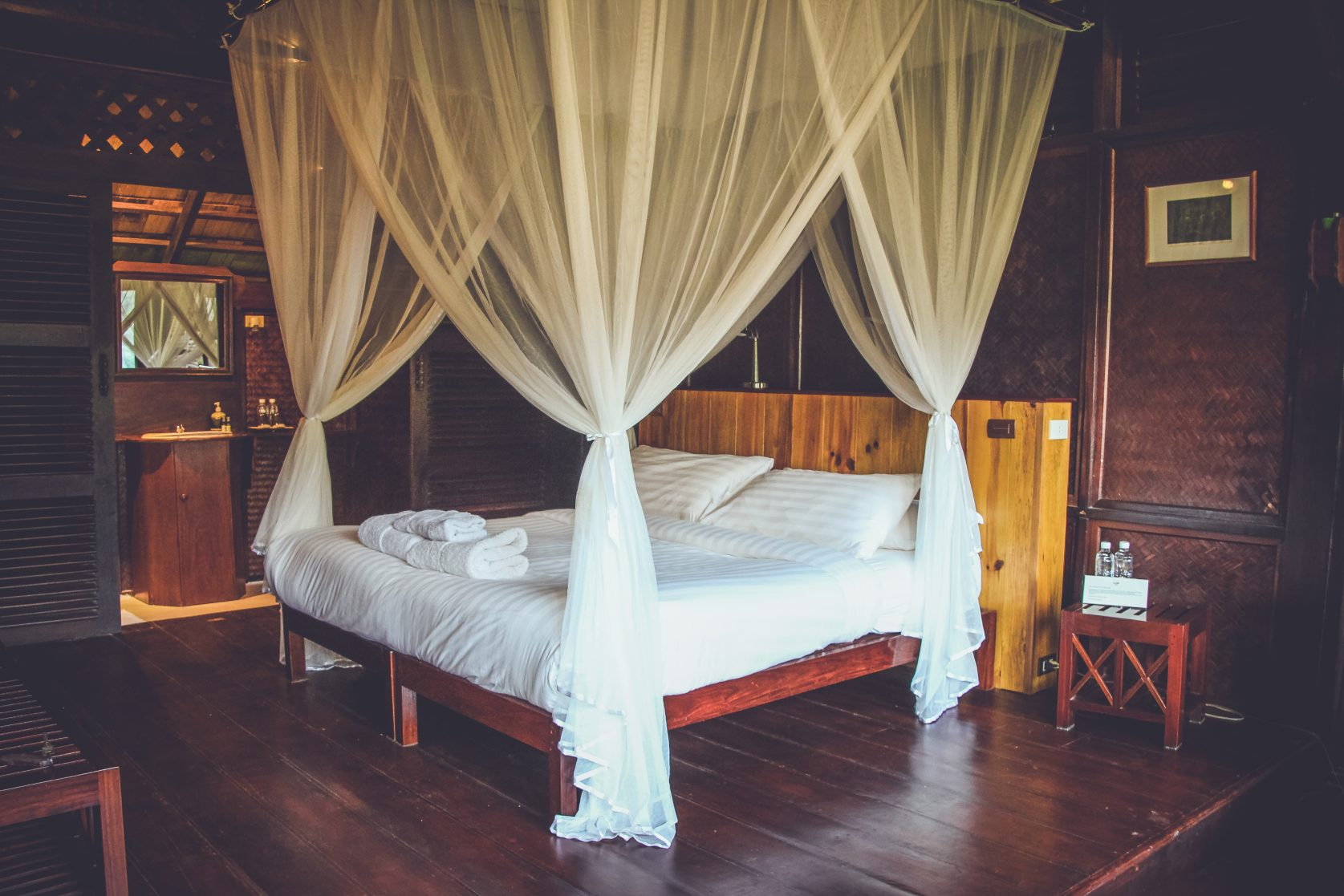 luang say lodge rooms