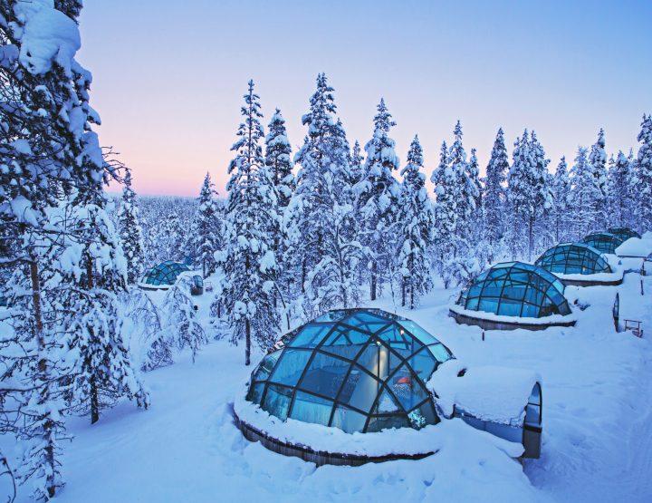 MUST DO: Overnachten in een glazen iglo in Finland