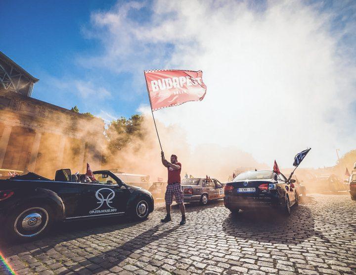 De Budapest Rally: Een bizarre roadtrip naar Boedapest met 200 teams