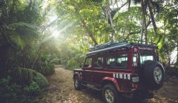 MUST DO: Roadtrippen met een 4x4 + daktent door Costa Rica