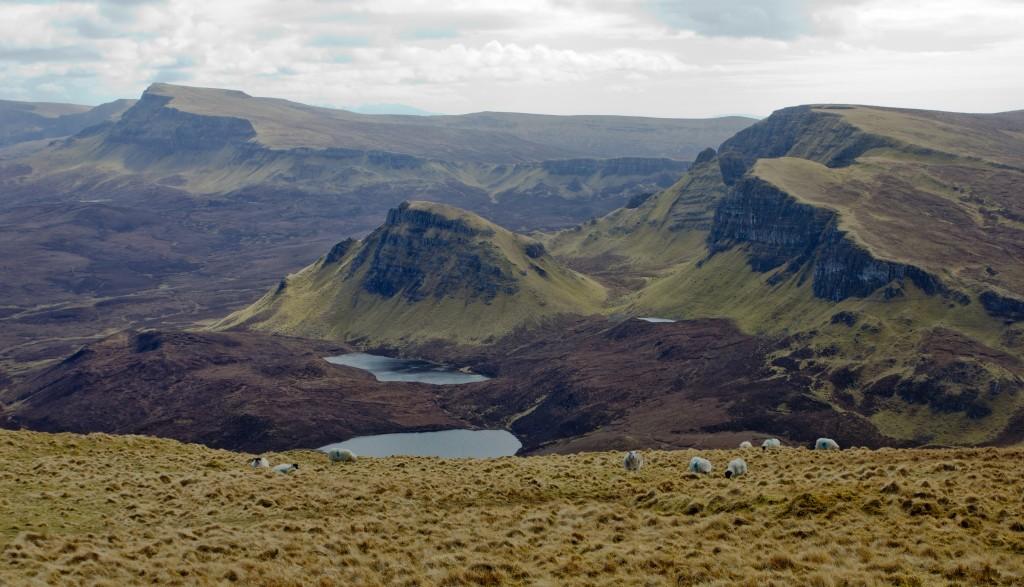 Zicht op de Trotternish Ridge vanaf the Quiraing
